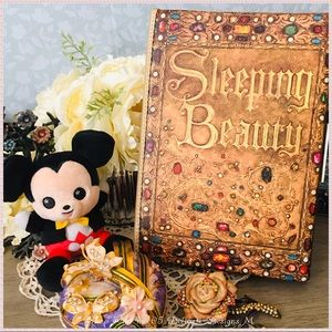 🆕Loungefly Disney Sleeping Beauty Clutch
